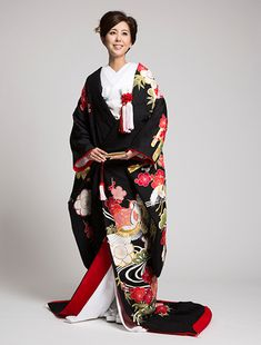 Sophisticated Black Uchikake with Red Plum Blossoms and Flying Cranes Japanese Wedding Kimono, Japanese Kimono, Colored Wedding Dress, Wedding Dresses, Traditional Dresses, Kimono Top, Bride, How To Wear, Red Plum