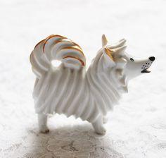 GERMANY signed Porcelain Figurine - Spitz Pomeranian Samoyed Dog Husky