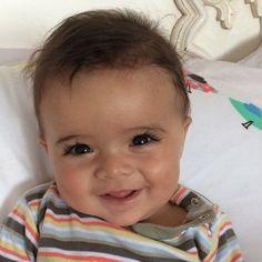 baby, cute, and smile -kuva Cute Baby Boy, Cute Little Baby, Pretty Baby, Little Babies, Baby Love, Cute Kids, Cute Babies, Baby Kids, Mexican Babies
