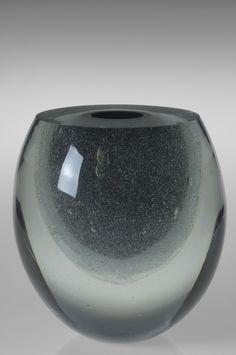 Claritas Vase