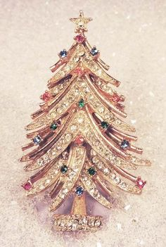 This classic Art Vintage Rhinestone Christmas Tree Brooch from the 60's is my favorite of the Art trees.