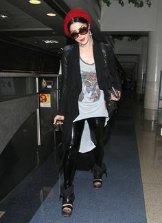 Kat Von D - Kat Von D Catches a Flight at LAX