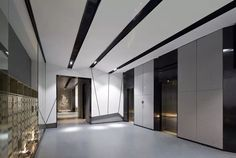 The Ultimate Design Experience Lobby Interior, Office Interior Design, Apartment Interior, Luxury Interior, Hall Hotel, Hotel Corridor, Hotel Interiors, Office Interiors, House Lift