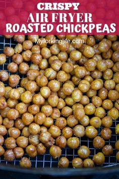 These Crispy Air Fryer Roasted Chickpeas are the perfect snack. They are so quick and easy and perfectly roasted in the Air Fryer. Try ranch, bbq, cinnamon sugar, and chili lime flavors. Air Fryer Recipes Breakfast, Air Fryer Oven Recipes, Air Frier Recipes, Air Fryer Dinner Recipes, Nutritious Snacks, Healthy Snacks, Healthy Recipes, Ninja Recipes, Cupcakes