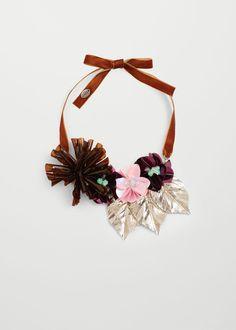 Collar flores | MANGO