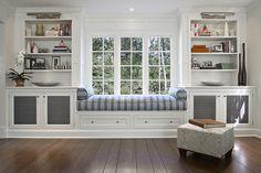 East Hampton Traditional Window Seat