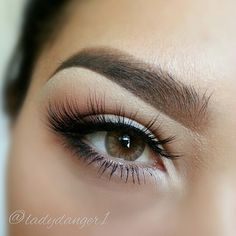 CARAMEL BROWN contacts by DESIO