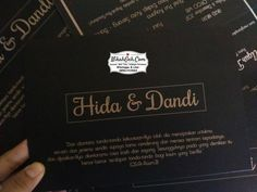 Packing  Tanya-tanya atau info lebih lanjut hubungi :  WA : 08561410064 Line : nikahgeh Desain bisa cek di  http://nikahgeh.com  #weddingserang#undanganserang #infoserang #undanganminimalis #simpleinvitation #testinikahgeh #undanganpernikahanmurah #undangancantik #pesanundangan #invitationserang#kotaserang#undangancilegon #undanganpandeglang#undanganmurah #undanganpernikahan#undanganonline #undangankreatif#undanganunik#nikah  #nikahgeh#desainundangan#undangancustom…