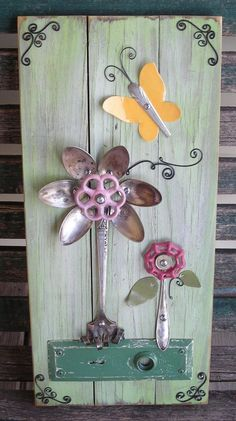 Found Object Nature Assemblage, Mixed Media Wall Hanging Spoon Art, Garden Yard Fence Porch Patio Decor, Upcycle Repurpose Rustic Primitive - Modern Design Metal Crafts, Wood Crafts, Diy Crafts, Outdoor Crafts, Outdoor Art, Silverware Art, Spoon Art, Deco Nature, Junk Art