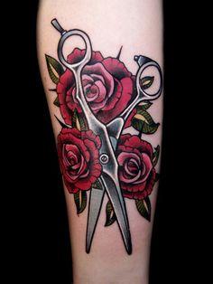 By David Rudziński. Makeup Tattoos, Hair Tattoos, Mom Tattoos, Leaf Tattoos, Body Art Tattoos, Cosmetology Tattoos, Hairdresser Tattoos, Hairstylist Tattoos, Cosmetologist Tattoo