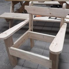 Woodworking Bench Garden chair and bench combo woodworking plans Woodworking Shows, Woodworking Bench Plans, Wood Plans, Easy Woodworking Projects, Popular Woodworking, Woodworking Furniture, Diy Wood Projects, Furniture Plans, Diy Furniture