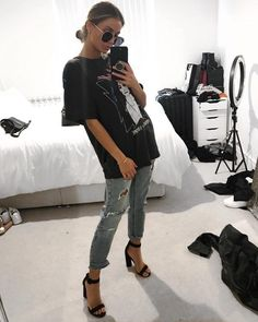 Flawless Summer Outfits Ideas For Slim Women That Looks Cool - Oscilling Mode Outfits, Trendy Outfits, Classy Outfits, Sporty Chic Outfits, Denim Outfits, Heels Outfits, Fashionable Outfits, Unique Outfits, Shoes Heels