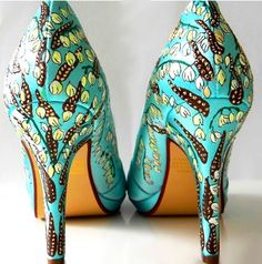 Wedding Shoes Tiffany blue yucca and roadrunner by norakaren, $275.00
