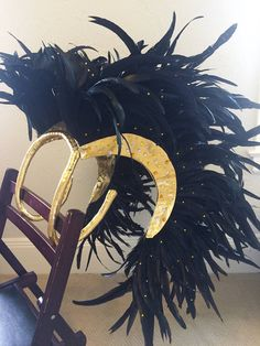 Items similar to Black Raven Feather Backpack on Etsy Dark Costumes, Cosplay Costumes, Halloween Costumes, Aerial Costume, Samba Costume, Festival Costumes, Festival Outfits, Caribbean Carnival Costumes, Raven Costume