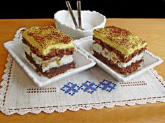 Prajitura frantuzeasca. O armonie de gusturi si culori! - Rețete Merișor Romanian Desserts, Something Sweet, Fondant, Caramel, Sweet Treats, Cheesecake, Food And Drink, Cooking Recipes, Sweets
