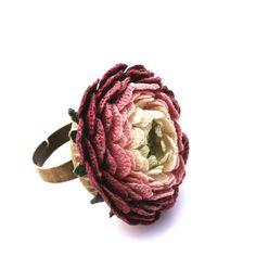 Big summer burgundy shadows ring crochet garden от LozArts на Etsy