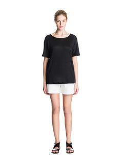 Marimekko Petla shirt, knitted linen fabric. Marimekko, Home Collections, Linen Fabric, Shirt Dress, T Shirt, Latest Fashion, Normcore, House Design, Celebrities