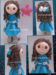 muñeca personalizada de goma eva de nacarada detalles