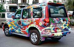#Art on Wheels: Lucknow boys' painted @MahindraScorpio draws fans wherever it goes