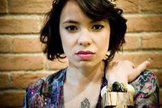 """A cantora Lurdez da Luz, se une no dia 24 de setembro, às 20h30, com expoentes do rap argentino """"Actitud Maria Marta"""" e """"Princesa"""", no CCJ, com entrada Catraca Livre."""
