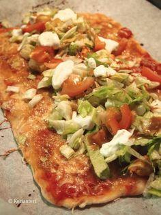 Kotitekoinen kanarulla - Korianteri Egg Recipes, Salmon Recipes, Baking Recipes, Chicken Recipes, Cafe House, Vegetable Pizza, Poultry, Food To Make, Good Food