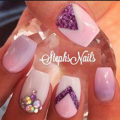 #coffinshape#cute#pink#purple#white#purpleglitter#chevrontriangles#cutenails#love#pinkpurpleombre#crystalcluster#cutenails#love