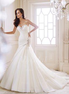 Bröllopsklänningar - $229.00 - Trumpet/Sjöjungfru Axelbandslös Hjärtformad Kungliga Tåg Chiffong Bröllopsklänning med Rufsar Pärlor (0025060129)