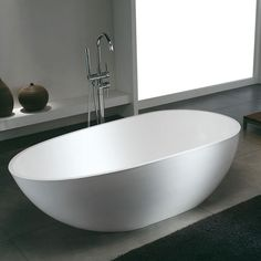 Bañera Solid Surface STOCKHOLM 170 cm http://www.entornobano.com/collections/baneras-solid-surface/products/banera-solid-surface-stockholm-170-cm