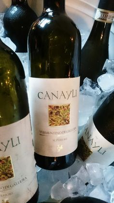 Our first course is paired with Vermentino di Gallura Superiore, Cantina from Sardinia #wineoclock #winetasting