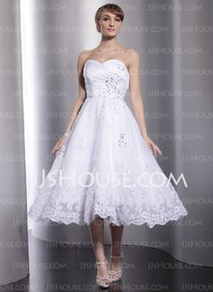 A-Line/Princess Sweetheart Tea-Length Satin Tulle Wedding Dresses With Ruffle Lace Beadwork (002012010) $192.29