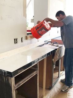 For the kitchen DIY weiße Betonplatten All About Modular Office Furniture Article Body: Modular offi Concrete Countertops Bathroom, Polished Concrete Countertops, Concrete Kitchen, Cheap Countertops, Kitchen Countertops, Countertop Options, Black Countertops, Kitchen Sink Design, Home Office