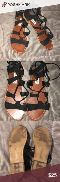 Steve Madden Sandals with Ankle Ties Steve Madden Sandals! Ties at the ankle. Super cute with leggings, jeans, dresses and skirts! Only worn 2x. Black faux suede. 🖤🖤 Steve Madden Shoes Sandals