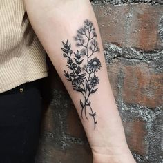24 British Tattoo Artists You& Want To Get Inked By Immediately Forearm Flower Tattoo, Small Forearm Tattoos, Small Tattoos, Flower Tattoos, Butterfly Tattoos, Claw Tattoo, Piercing Tattoo, Unique Tattoos, Cute Tattoos