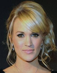 Carrie Underwood Blonde Curly Updo