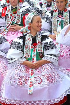 """""""Hody"""" (Feast) in Rohatec, South Moravia, Czechia Beautiful Costumes, Ethnic Dress, World Of Color, Folk Costume, People Of The World, Beautiful Patterns, Czech Republic, Traditional Dresses, Modest Fashion"""