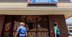 """Quei geni di Domino's: """"La nostra pizza fa schifo"""" e il successo è garantito #marketing"""
