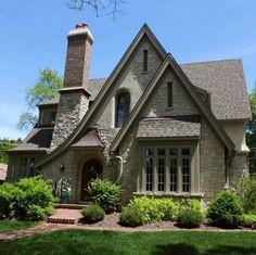 42 Top Modern Cottage Exterior Design and Ideas English Cottage Exterior, Tudor Cottage, Modern Cottage, Cottage Farmhouse, French Country Cottage, Cottage Homes, Cottage Style, House Paint Exterior, Exterior Design