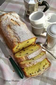 Tired spoon: Plumcake (without plums! Classic Cake, Tea Cakes, Tea Time, French Toast, Yummy Food, Sweets, Baking, Breakfast, Food Ideas