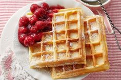 Weltbeste Buttermilchwaffeln Worlds Best Buttermilk Waffles by simonelang Meatloaf Recipe Oats, Classic Meatloaf Recipe, Pancake Healthy, Best Pancake Recipe, Quick Easy Desserts, Easy Snacks, Poffertjes Recipe, Gaspacho Recipe, Meat Loaf Recipe Easy