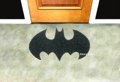 Rug based in a Batman logo. Shape doormat. Custom door by Xatara