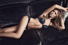 Hot Girls for ever: Αναστατώνει η Abbey Clancy