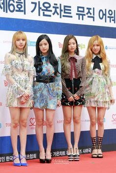 [PRESS] 170222 BLACKPINK @ 6th Gaon Chart Music Awards Red Carpet