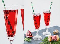 3 Holiday Prosecco Recipes Cranberry Prosecco Pomegranate Spritzer #newyears #recipe Pear Rosemary Sparkler
