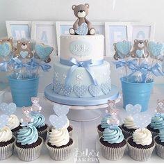 Bolo, cupcakes e pirulitos  com tema Ursinho para batizado ou ideia para chá de bebê!! . By: @bellasbakery #DentroDaFesta. . . .  #party #festa #cake #cakelook #birthdaycake #decoracao #decoracaoinfantil  #baptize #baptized #decorparty #batizado #jesus #cristo #christ #baptizedparty #baptizeparty #kidsparties #jesuschrist #ceu #sky #instagram #instacelebrate #instacake #instaparty #fiestainfantil #baptism #ursinho #bear #menino
