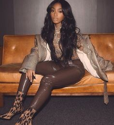LYVA's Normani Kordei 👑 images from the web Classy Outfits, Fall Outfits, Cute Outfits, Hottest Female Celebrities, Celebs, Black Girl Magic, Black Girls, Style And Grace, Famous Women