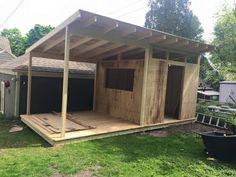 backyard shed makeover Backyard Bar, Backyard Sheds, Backyard Patio Designs, Backyard Projects, Backyard Landscaping, Bbq Shed, Pool Shed, Garden Bar Shed, Shed Makeover