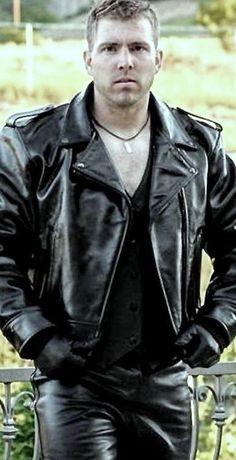 Brown Leather Jacket Men, Lambskin Leather Jacket, Vintage Leather Jacket, Biker Leather, Leather Gloves, Leather Men, Black Leather, Leather Jackets, Bomber Jackets