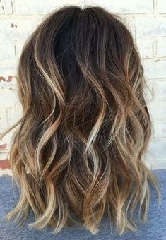 22 new beautiful hair color trends for 2019 - Samantha Fashion Life - 22 new gorgeous hair color trends for sexy dark brown hair color with blonde highlights – # - Brown Hair Color With Blonde Highlights, Brown Ombre Hair, Brown Blonde Hair, Light Brown Hair, Blonde Color, Lighten Dark Hair, Highlighted Hair For Brunettes, Brown Highlighted Hair, Brown Hair With Blonde Balayage