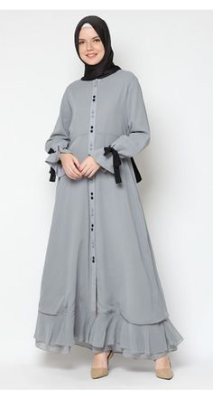 Heaven Sent Maisa Dress – Best Of Likes Share Modern Hijab Fashion, Abaya Fashion, Fashion Outfits, Modest Dresses, Modest Outfits, Moslem Fashion, Modele Hijab, Sleeves Designs For Dresses, Casual Hijab Outfit