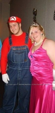 Easy Mario Halloween Costume... This website is the Pinterest of costumes